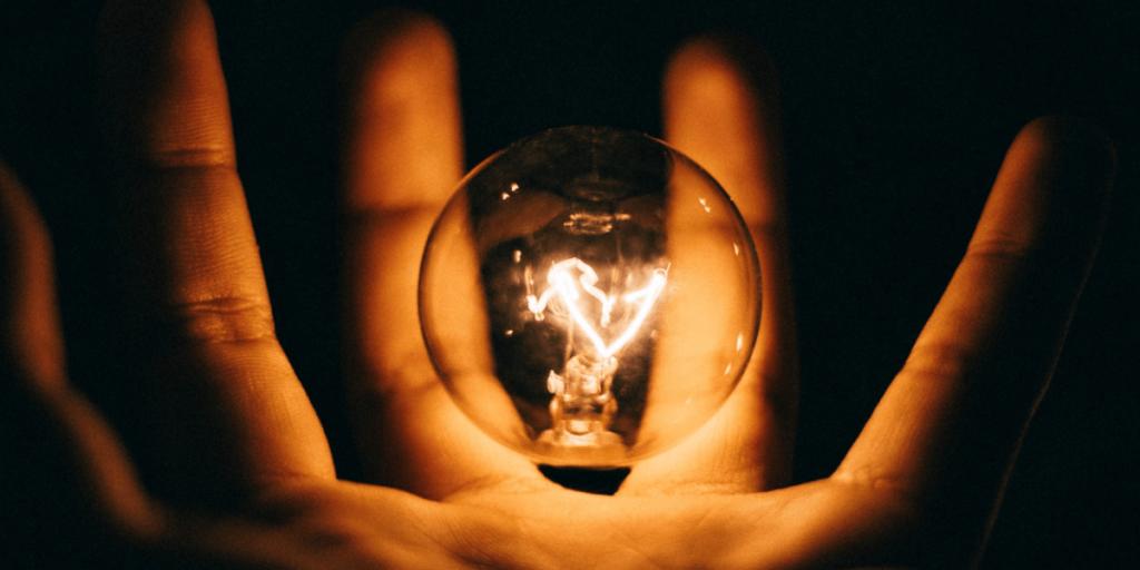 Empfohlene Beitragsbilder Die Wissenschaft hinter Elektrizität Elektrizität erklärt Überall Atome 1024x512 - Die Wissenschaft hinter der Elektrizität - Elektrizität erklärt